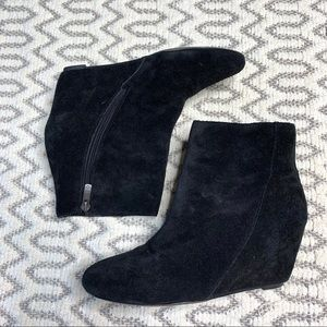 Vince Camuto Black Aged Suede Bootie Size 7.5